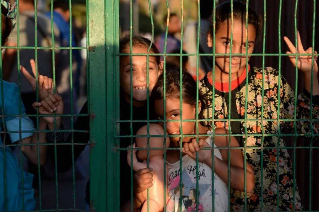 پناهندگی کودکان آواره