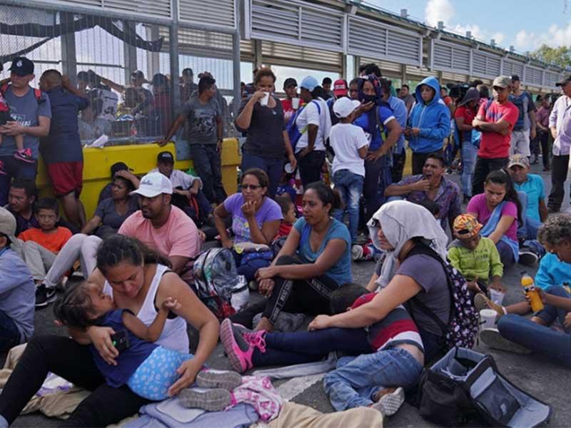 مهاجران پناهنده آواره در مرزها
