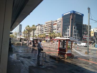 تصویر محله کارشیاکای ازمیر ترکیه